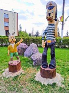 Миорчанин Александр Нивчык из дерева делает Сказку